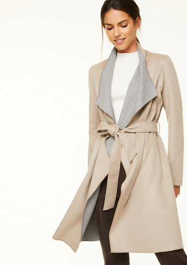 Coat with a tie-around belt from comma