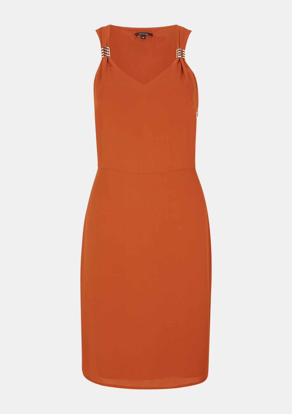 Dress with a decorative detail from comma