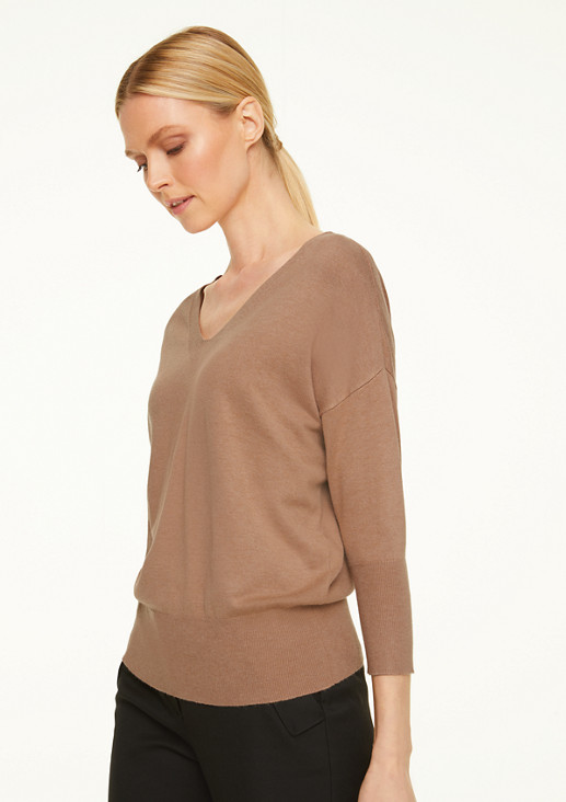 V-neck jumper with batwing sleeves from comma