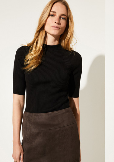 Ribbed knit jumper with mid-length sleeves from comma