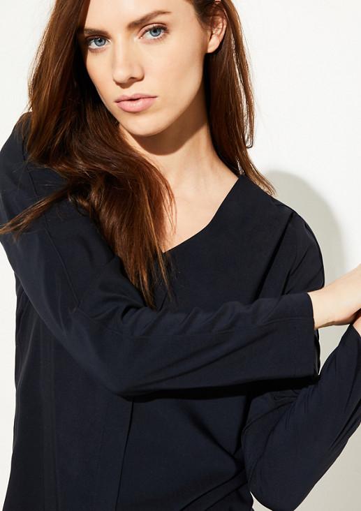 Cleane Bluse mit V-Neck