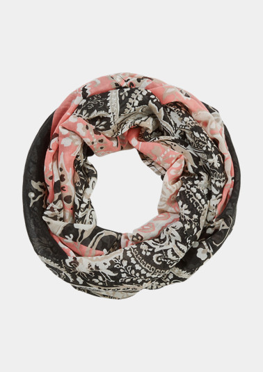 Snood with paisley print from comma