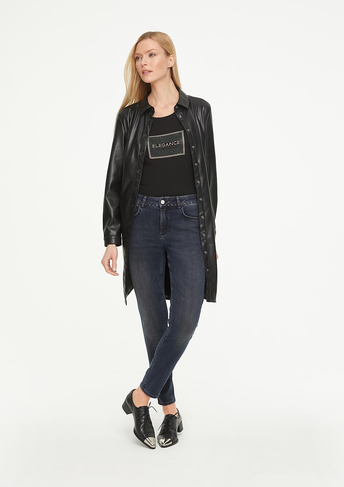 Skinny Fit: Jeans mit Studs