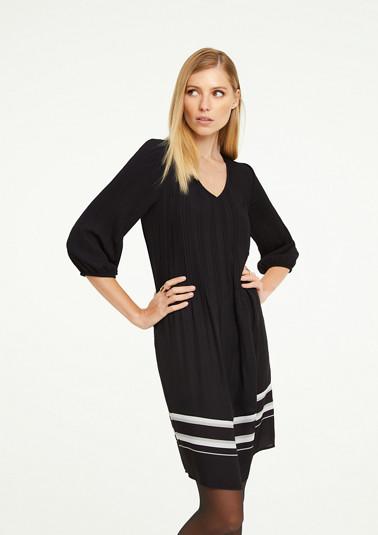 Kleid mit Kontrast-Details
