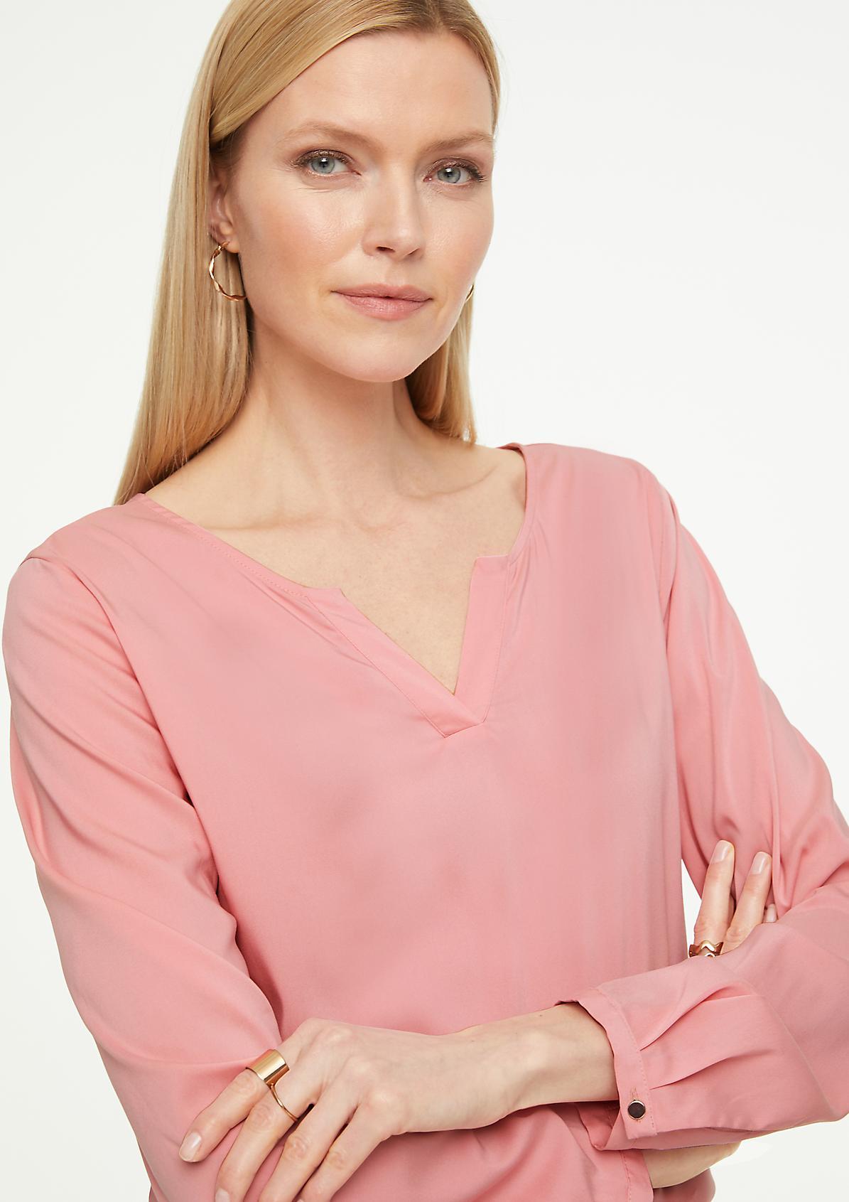 Langarmbluse mit V-Ausschnitt