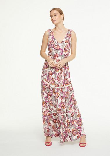 Langes Boho-Kleid mit Paisleymuster