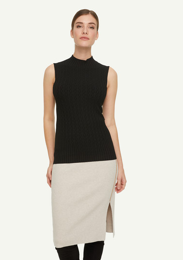Soft textured knit top from comma