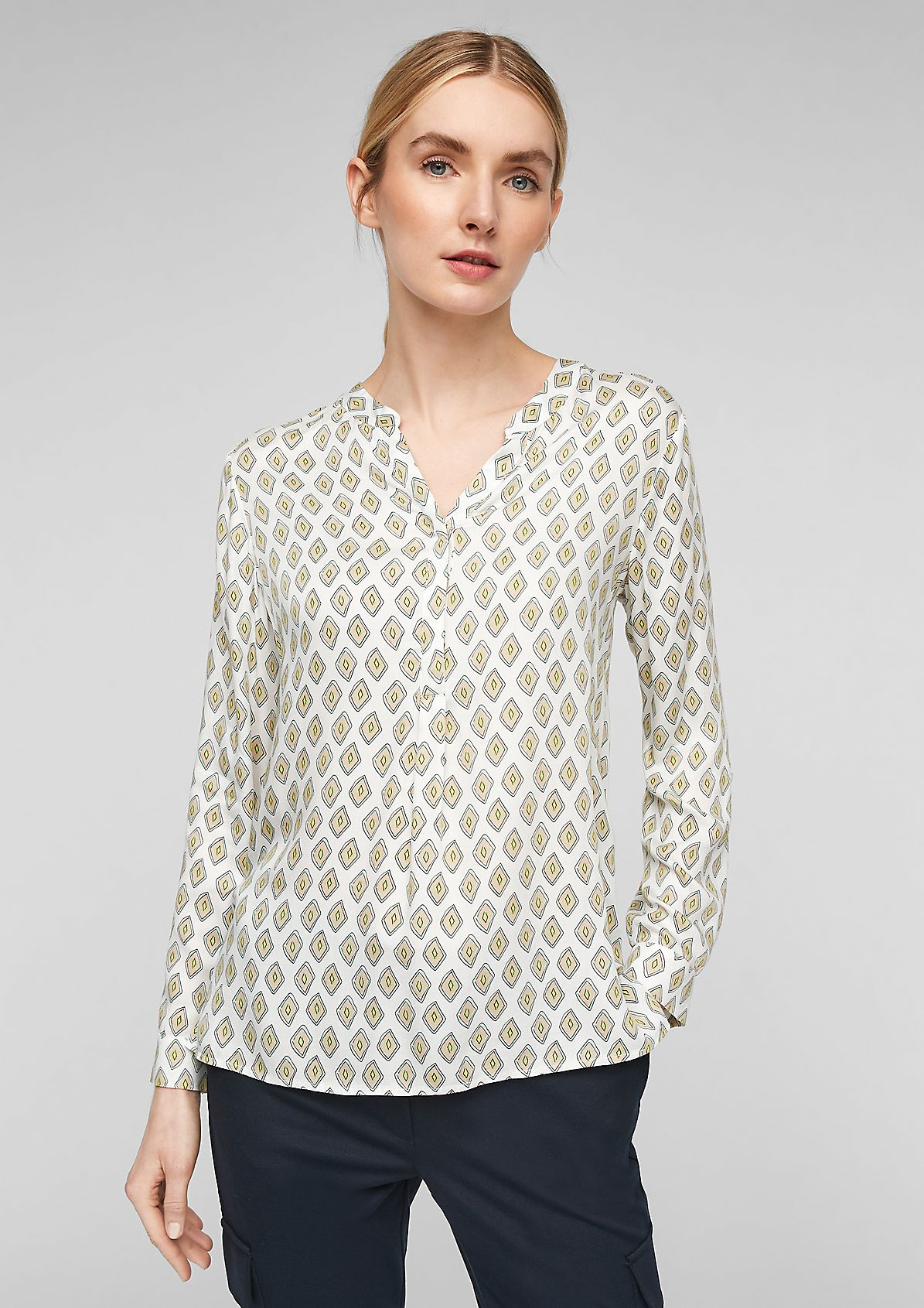 Bedruckte Bluse mit V-Ausschnitt