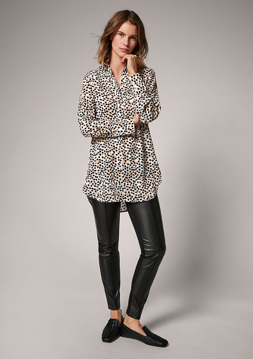 Long-Bluse mit Allover-Print