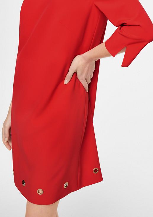 Kleid mit Zier-Ringen
