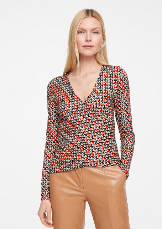 Viscose top with an all-over print from comma