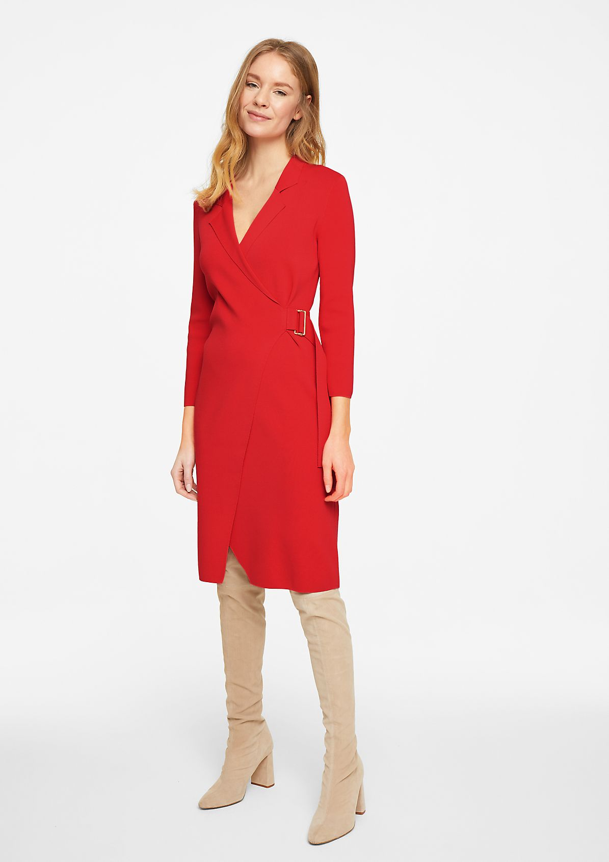 Fine knit dress with a belt detail from comma