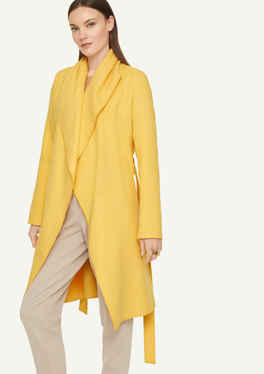 Wrap coat with a shawl collar from comma
