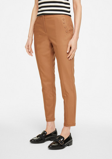 Slim fit: ankle-length trousers with decorative buttons from comma