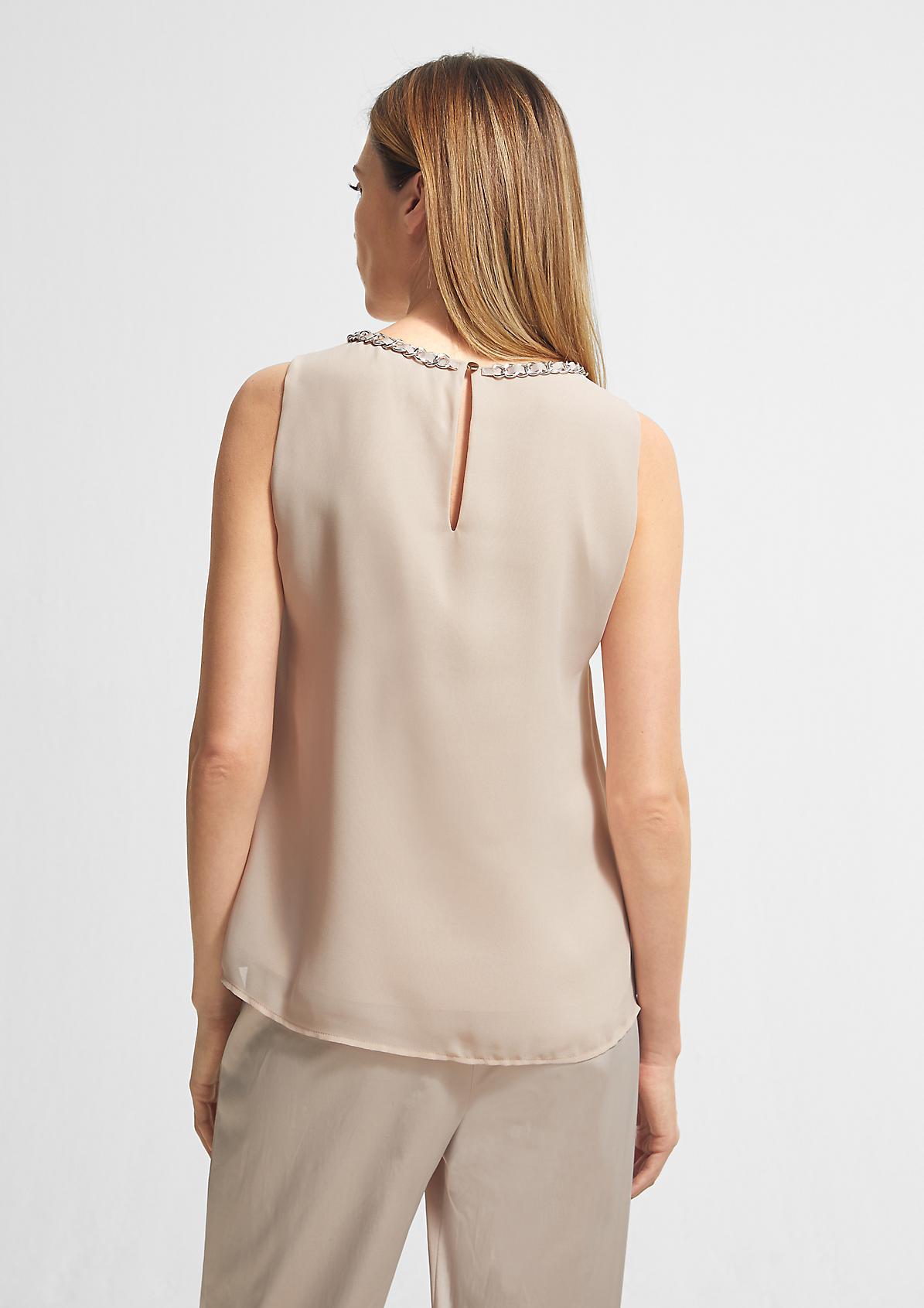 A-Linien-Bluse mit Schmuck-Detail