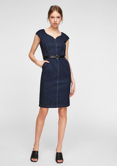 Tailliertes Denim-Kleid mit Gürtel