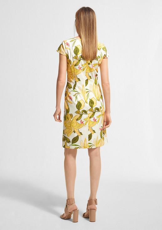 Geblümtes Kleid mit U-Ausschnitt