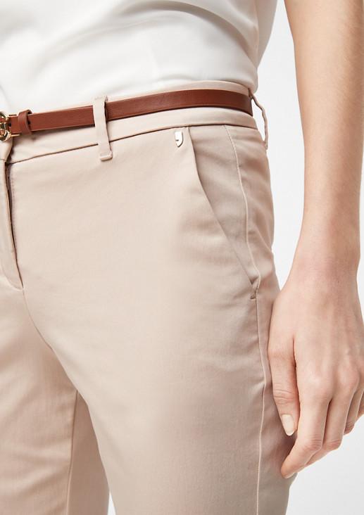 Slim: Stretchhose mit Gürtel
