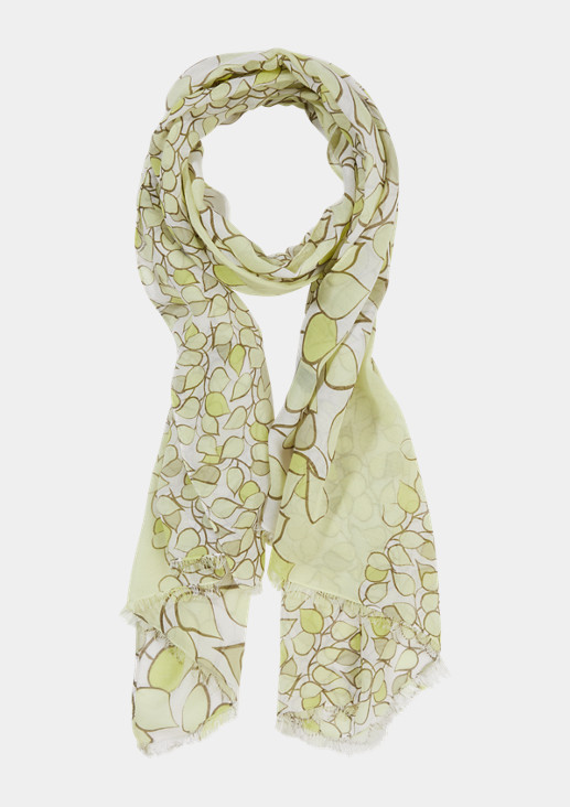 Lightweight scarf with a print pattern from comma