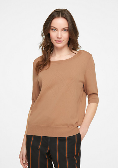 Jumper with a geometric textured pattern from comma