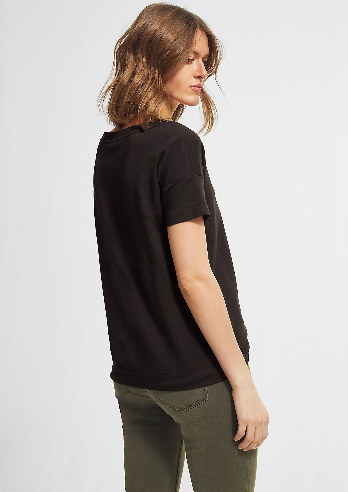 Embroidered top with a drawstring from comma
