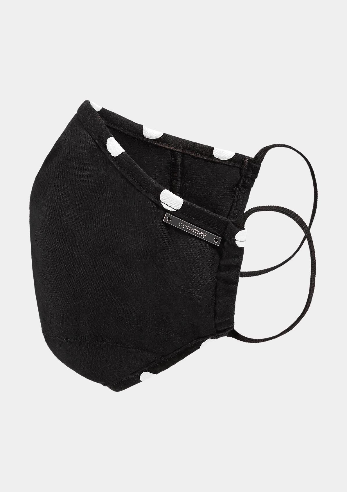 Behelfsmaske mit Pünktchen-Details