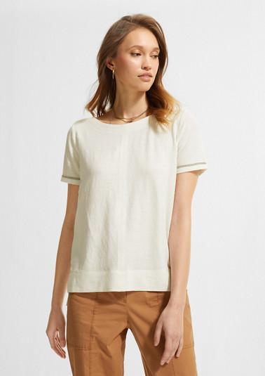 T-Shirt mit Schmuck-Tape