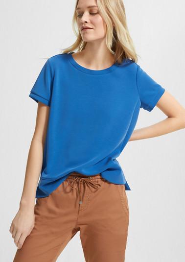 Shirt mit verlängertem Rückensaum