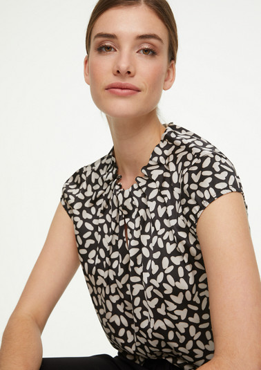 Short sleeve blouse with all-over print from comma