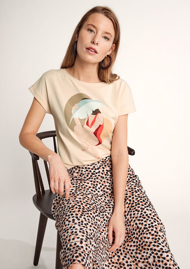 T-shirt with a front print from comma