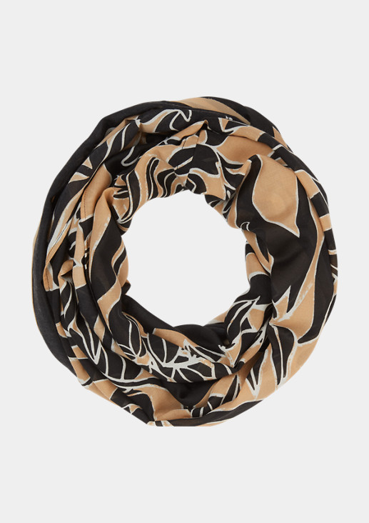 Summer scarf with an all-over pattern from comma