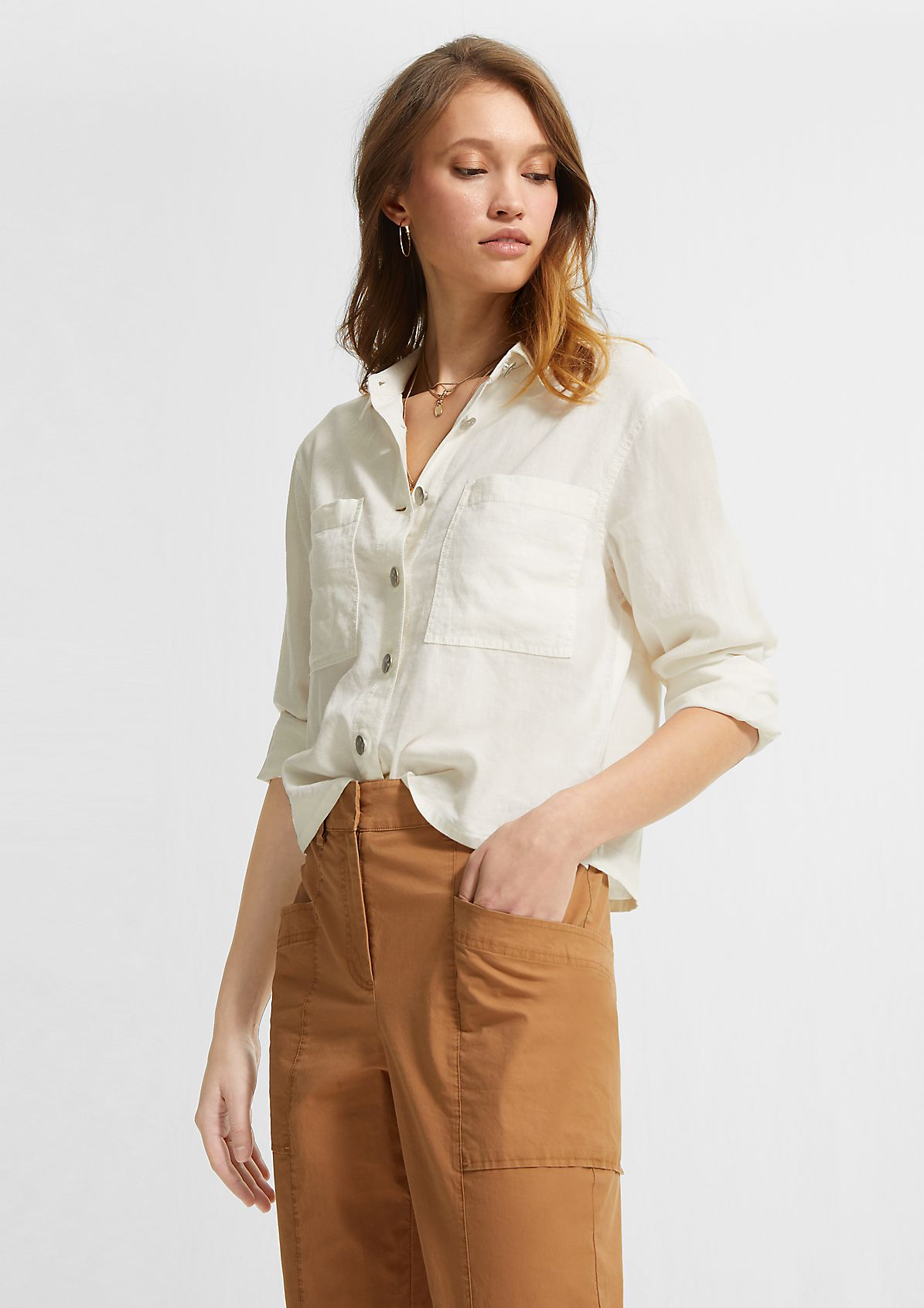 Loose-fitting blouse in a linen blend from comma