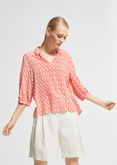 Blended linen blouse with an all-over print from comma
