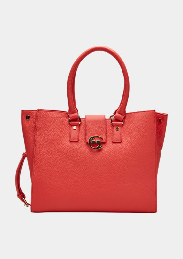 Elegant shopper made of genuine leather from comma
