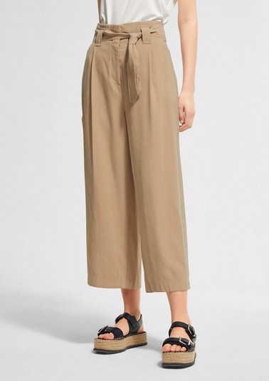 Loose Fit: 7/8-length high-waisted trousers from comma