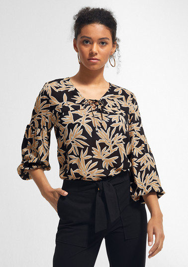 Lightweight viscose blouse with loose sleeves from comma