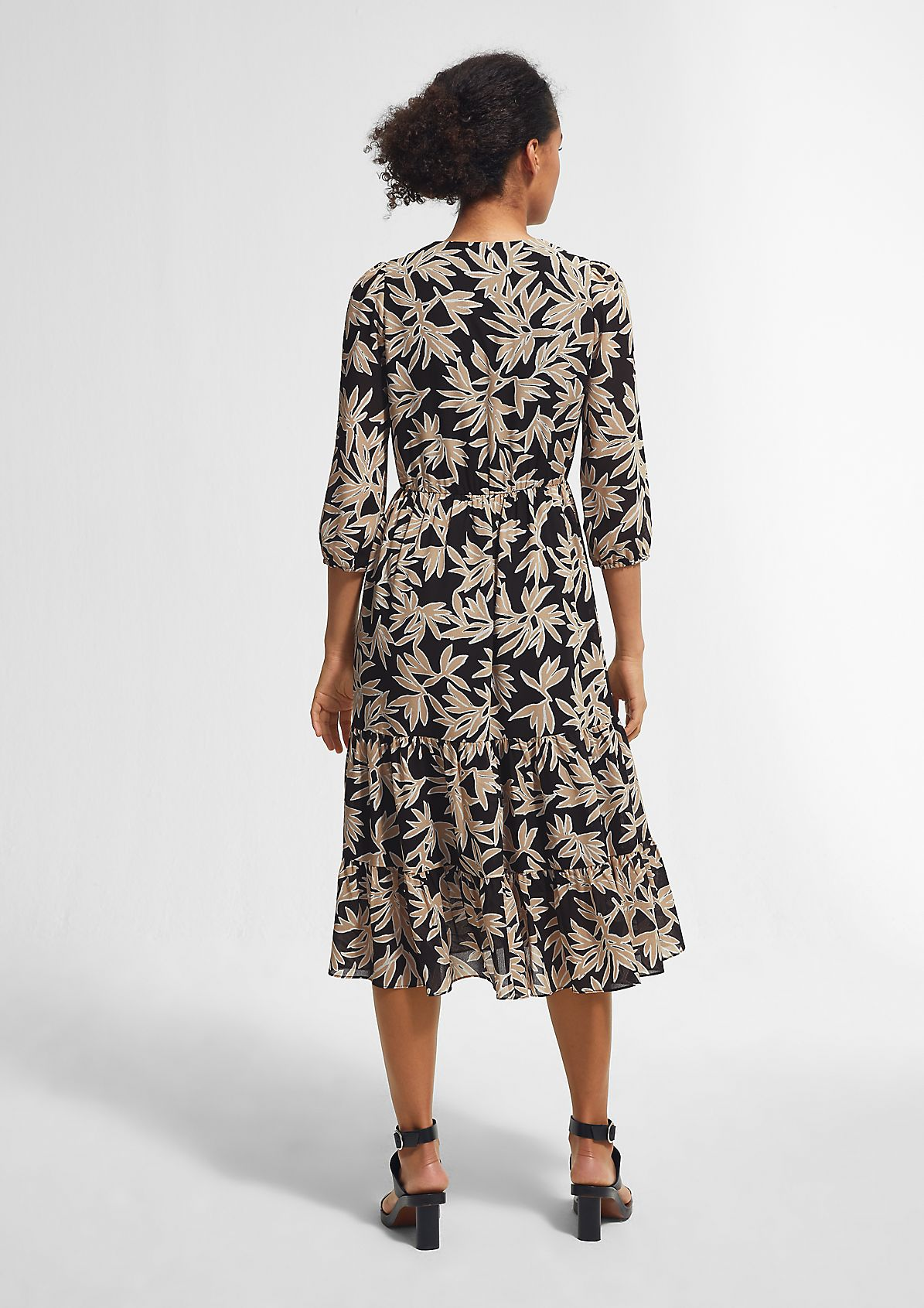 Tiered dress with an all-over print from comma