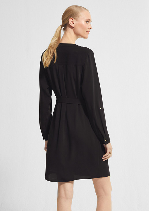 Fitted dress with a belt from comma