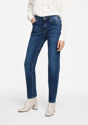 stretch jeans with a garment-washed effect from comma