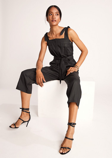 Jumpsuit with tie details from comma
