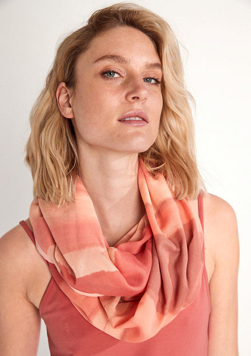 Snood with a chiffon trim from comma