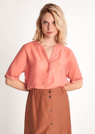 Short sleeve blouse made of blended lyocell from comma
