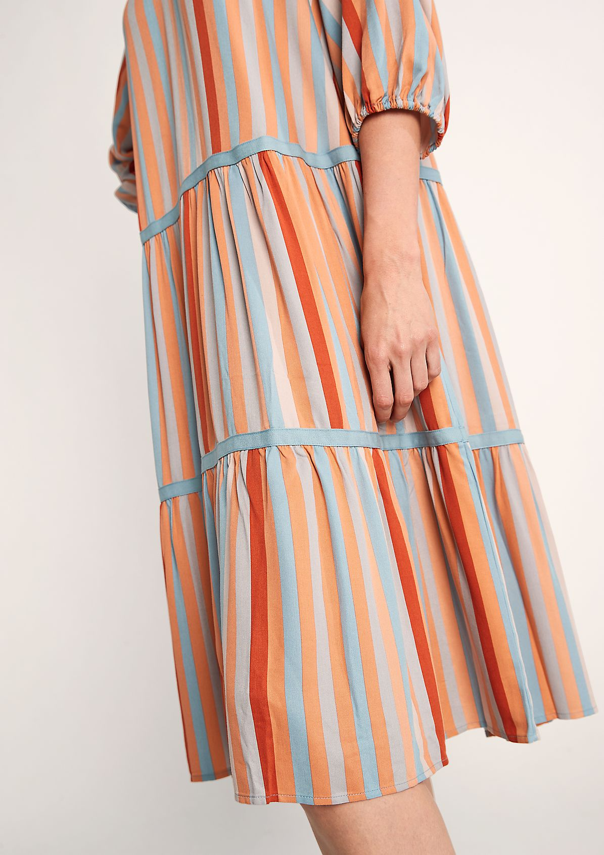 Tiered dress with tape detail from comma