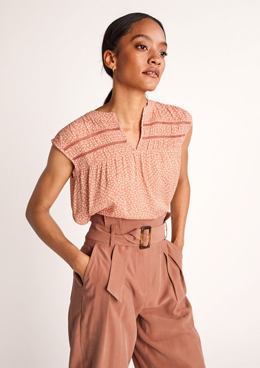 Crinkled viscose blouse from comma