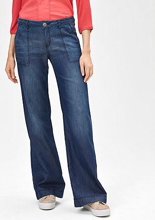 Smart Wide: Leichte Jeans mit Schlag