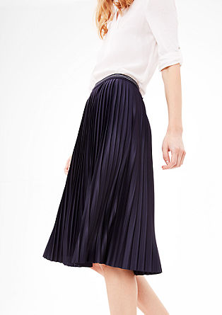 Pleated skirt with a sparkly waistband from s.Oliver