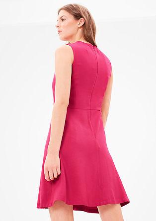 Kleid mit Musterstruktur