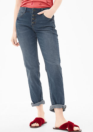 Smart Straight: blue jeans with buttons from s.Oliver