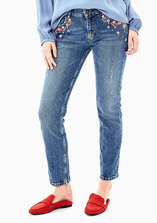 Shape Slim: Jeans mit Stickerei