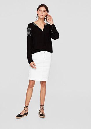Úzká džínová sukně